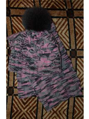 Шапка с меховым помпоном и шарф_2